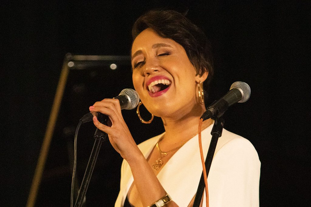 Premiering material from her latest album, jazz/soul artist Amy D. rocked the Silicon Valley Stage. Photo by Robert Birnbach